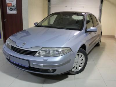 Renault_Laguna
