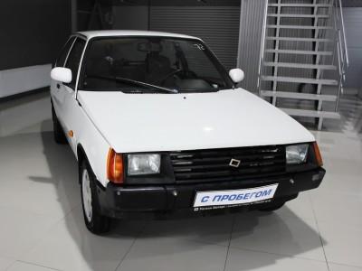 Lada 1102